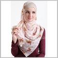 HijUp Islamic clothing directory