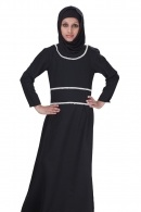 Nathifa girl abaya