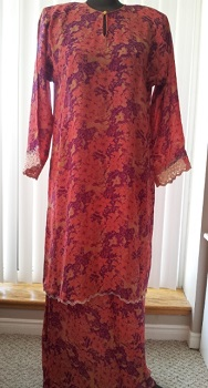 printed coral baju kurung