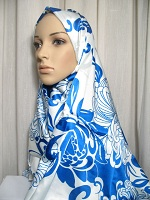 striking blue shawl hijab