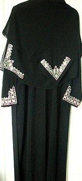 black saudi abaya