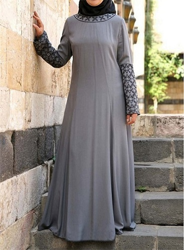 Habiba abaya from Shukr